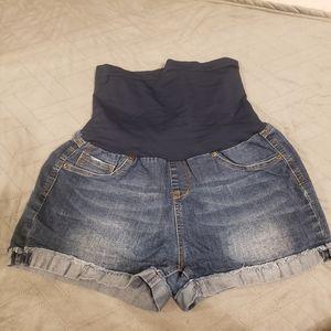 Maternity jean shorts size XL